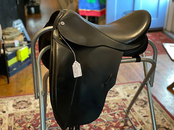 12761Buh Barnsby Bonfire Dressage Saddle