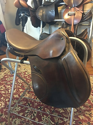 10051Pen Stubben Roxane Jump Saddle