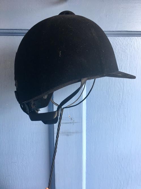 5774-Ble M IRH Olympia Helmet