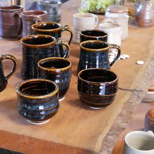 29. Mugs & Tea Bowls