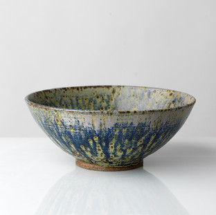 14. Large Shallow Bowl