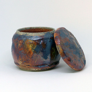 38. Small lidded pot