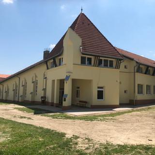 Palotabozsoki tábor épület2.JPG