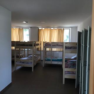 Földszinti 10 fős szoba1.JPG
