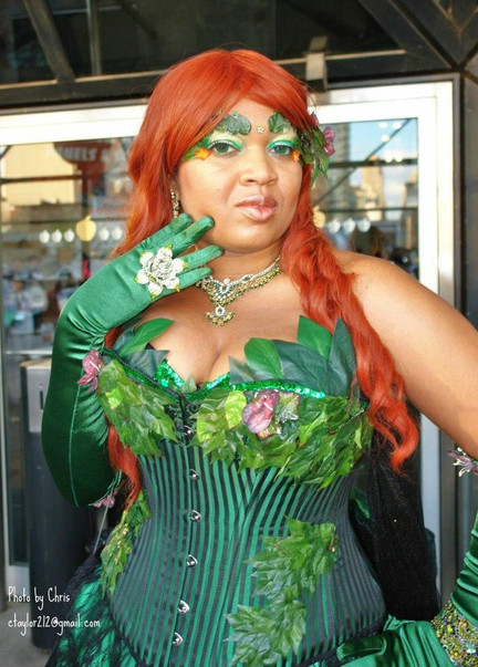 Geisha as Poison Ivy