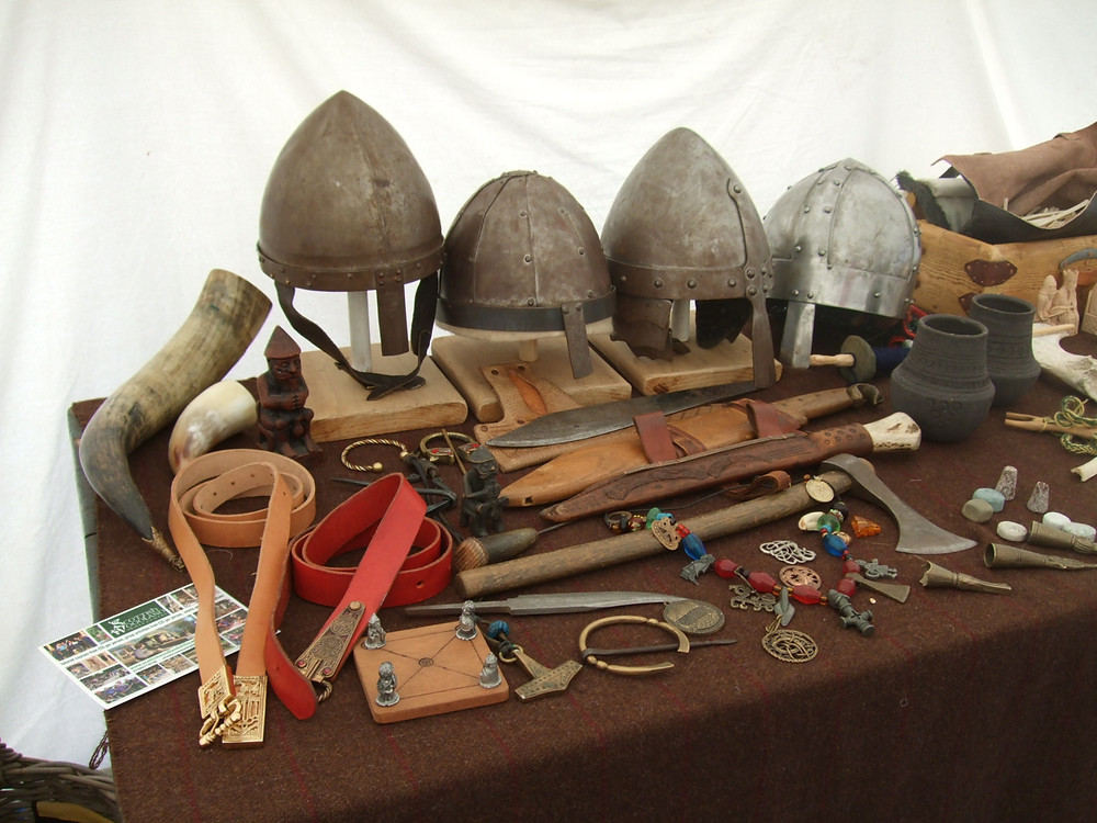 helmets, horns and axes at Swandro