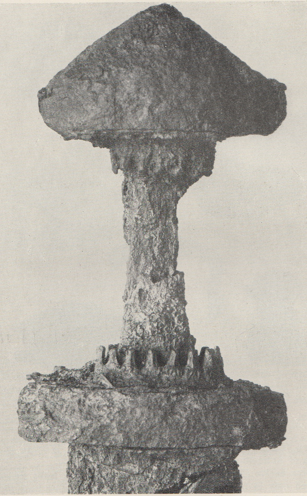 The Swandro Viking sword photographed in the 1920s