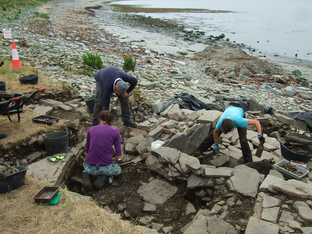 Jackie McKinley & Alice Beasley hard at work at Swandro 2018