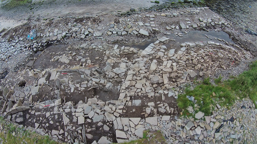 Iron Age settlement and chambered tomb at Swandro, Orkney