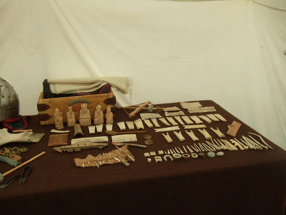 bone combs and pins at swandro