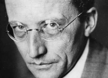 What is Life? | Erwin Schrodinger