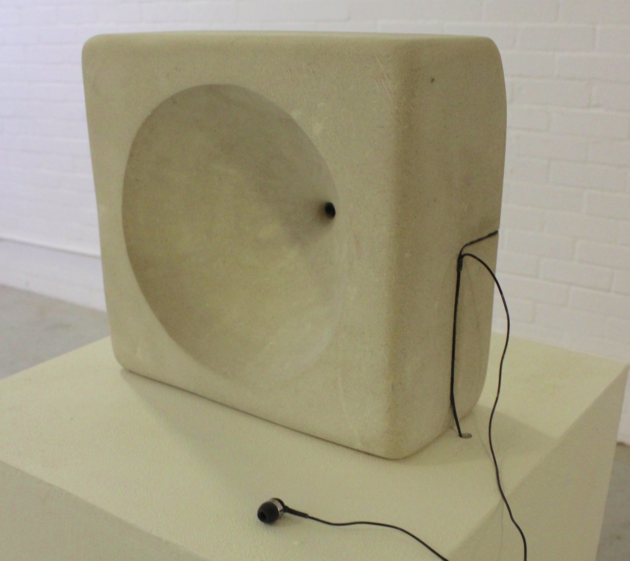 Helen Cawley - Auricle