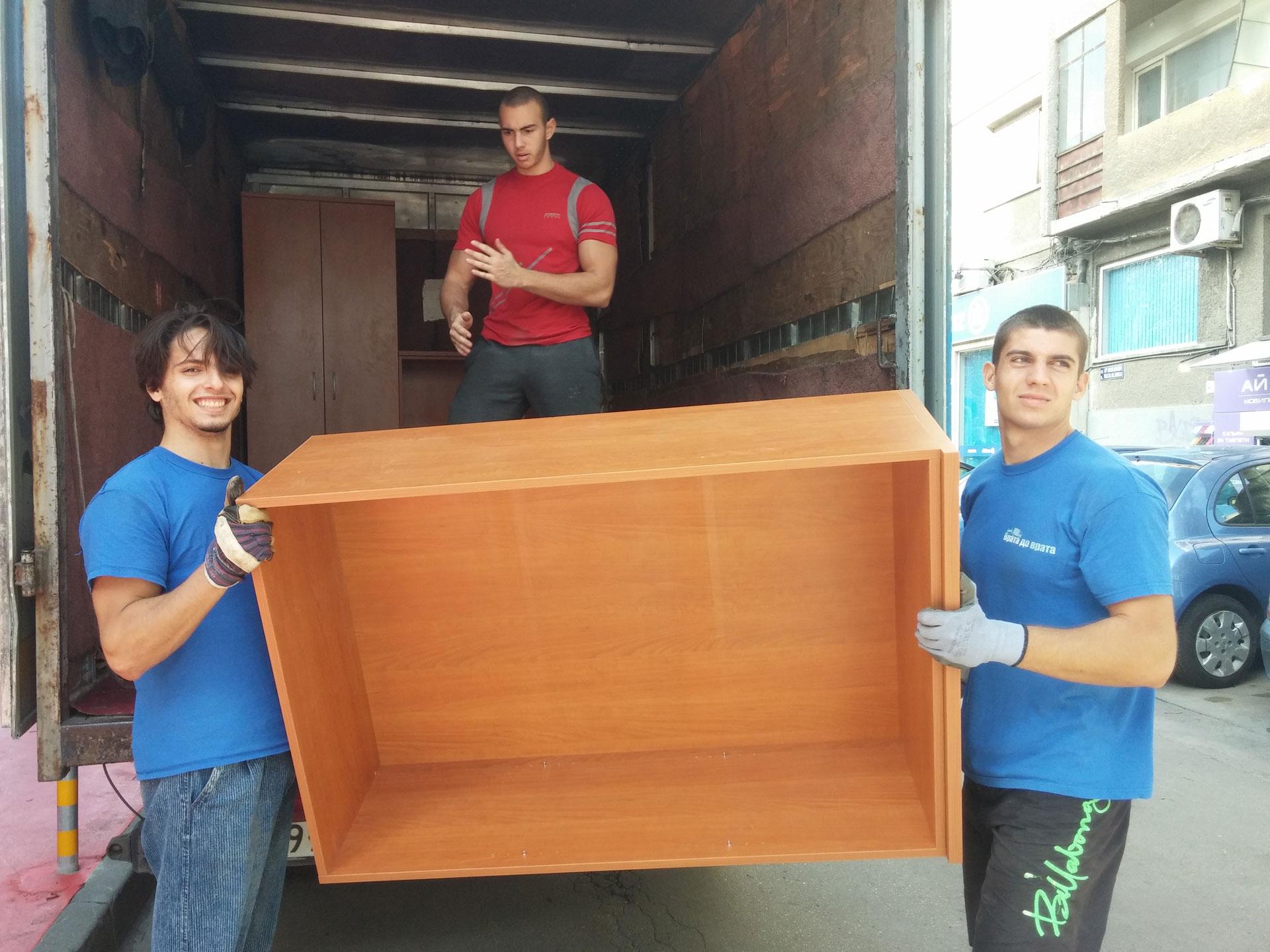 Транспорт и монтаж на мебели