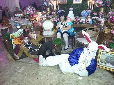 Anmação de Festa com os personagens de Alice no País das Maravilhas