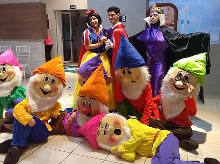Animação de festa infantil com Branca de Neve e os Sete Anões