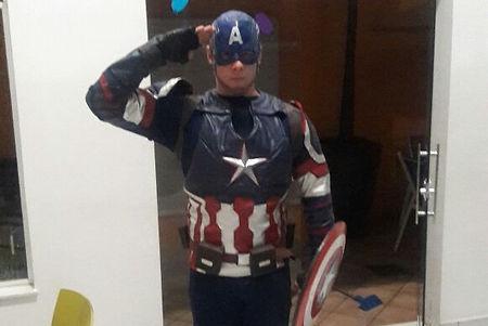 Animação de festa infantil com o Capitão América