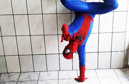 Animação de Festa com os personagens de Homem Aranha