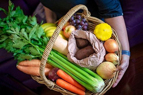 Fruit and veg seasonal box small
