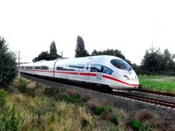 Schnellfahrstrecke_Köln–Rhein-Main_der_DB-_Abzweig_Wiesbaden_Hbf-_Richtung_SFS-_ICE_3_Treuchtlingen_