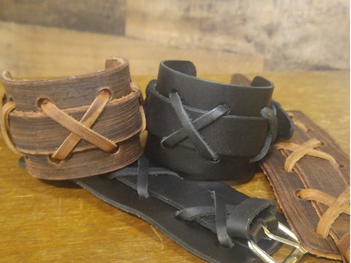 Srean-Croise Cuffs (Cross Laced)