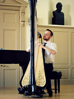 Harpist London Surrey Sussex