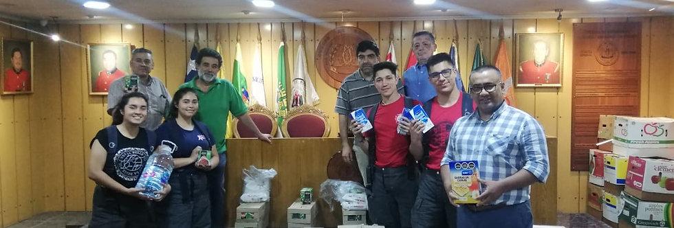 Oficiales Generales entregan alimentos no perecibles a las Compañías