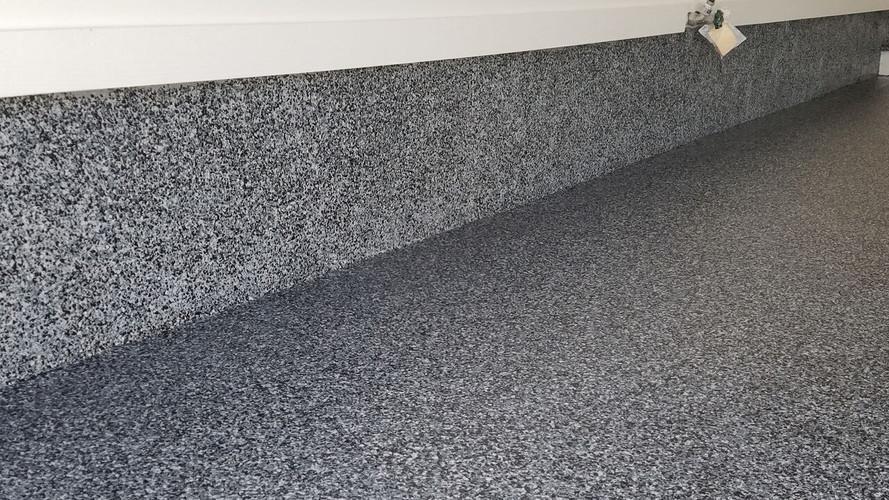 polyaspartic chip floor