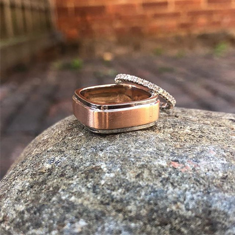 Square profile and pave band