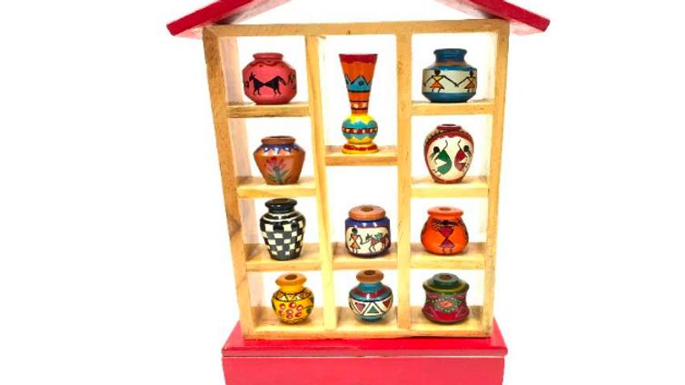 Wooden 11 pot set