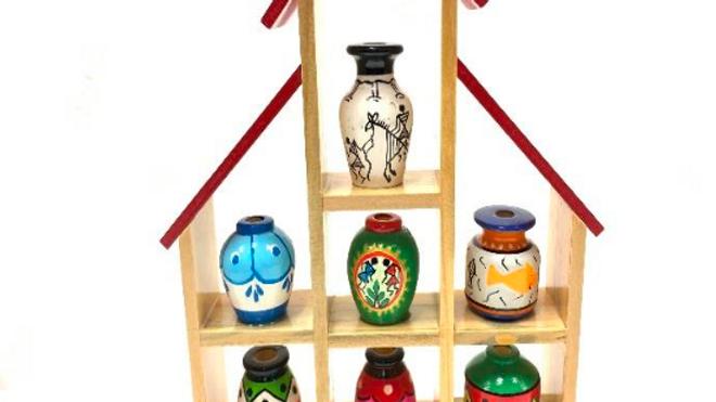 Wooden 7 pot set