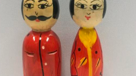 Wooden Japanese Couple (Model 3)