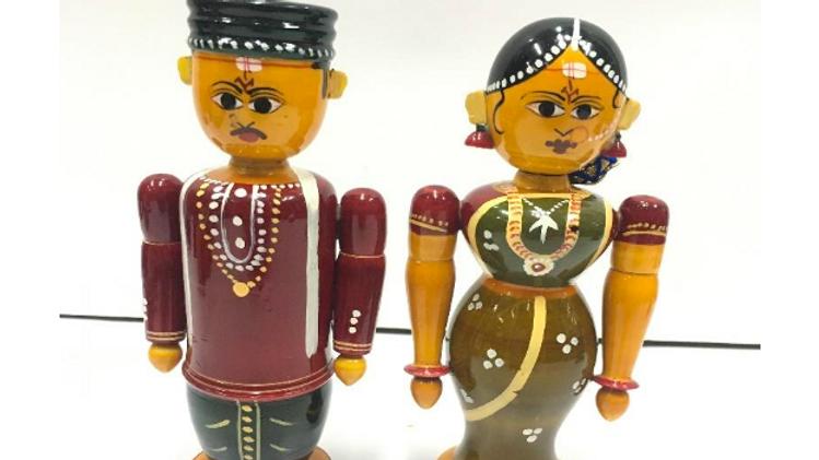 Wooden Married pair (Medium)
