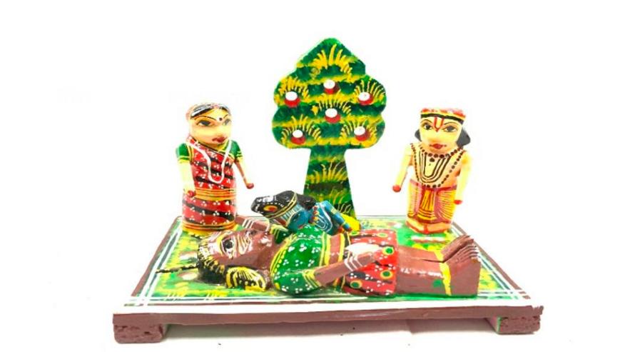 Wooden Krishna with Puthini