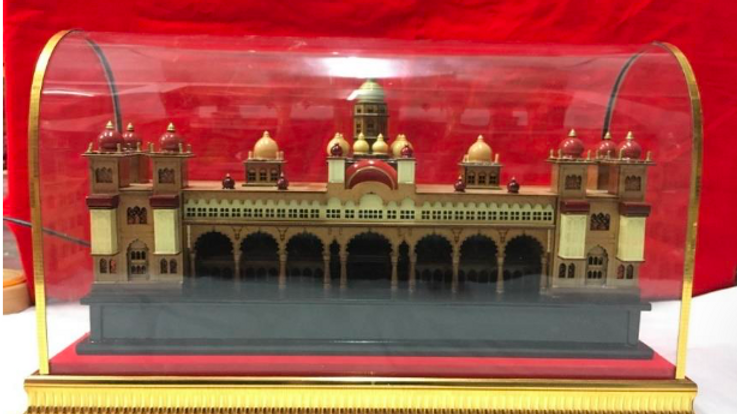 Wooden Mysore Palace in a case (Large)