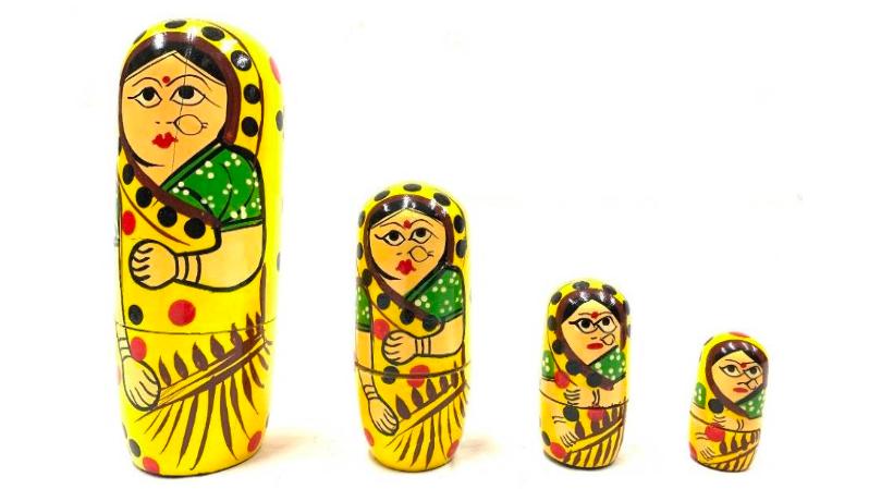 Wooden lady set (Russian doll model)
