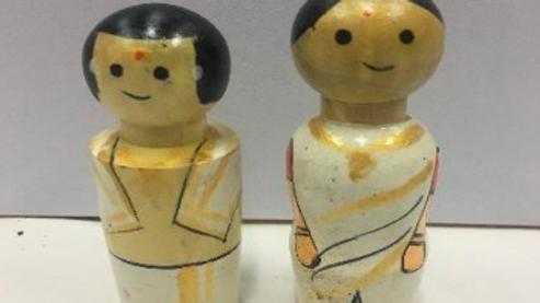 Wooden Kerala Couple