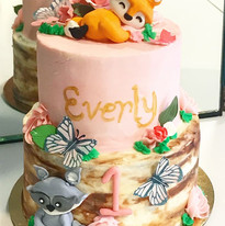 Pretty in pink woodland creatures for a