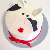 Little cow cake ----____----____--- 🐮 #