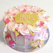 A pretty cake for a great customer who c