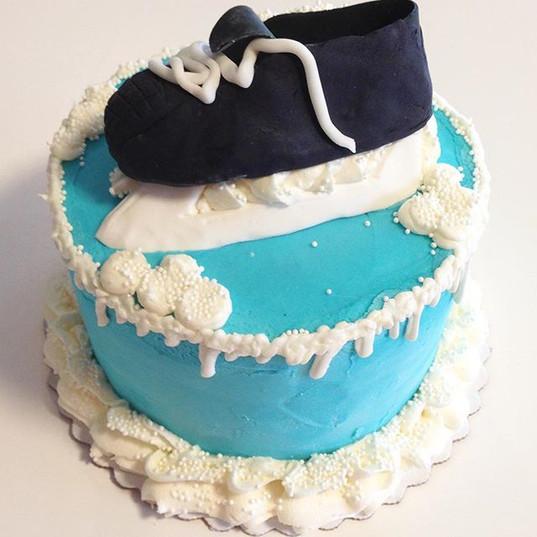 3D ice skate cake #iceskate #hockey #cak