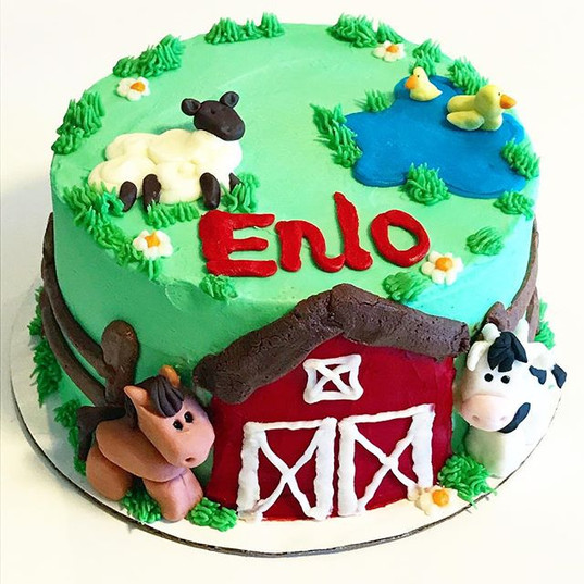 Farm themed birthday cake 🐮 🐴 🐑 👨🌾