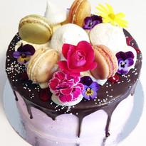 Delicious drip cake! Gotta love it 😍.jp