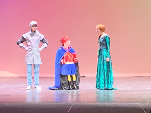 Farquad, Fiona and Guard- Shrek Jr.