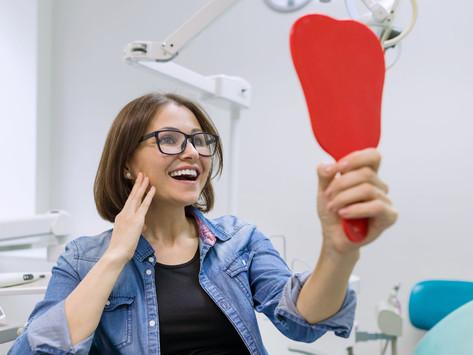 Jak najlepiej powinno się myć implanty dentystyczne?