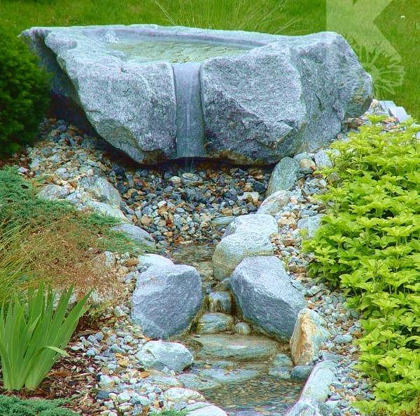 Gartenbrunnen mit Bächlein Schweiz