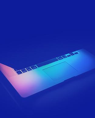 Laptop no fundo azul