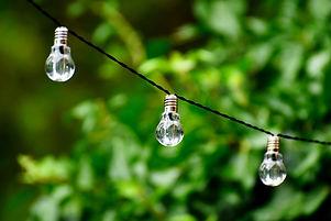 light-bulb-4372786_1920.jpg