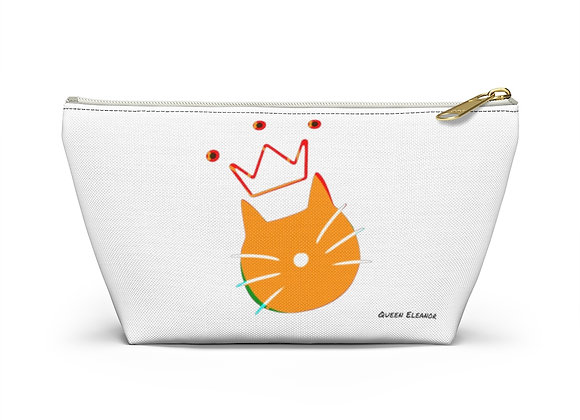 queen eleanor | Accessory Pouch with T-bottom