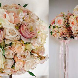 Blumenständer & Blumenkugeln von Liebesbekenntnis