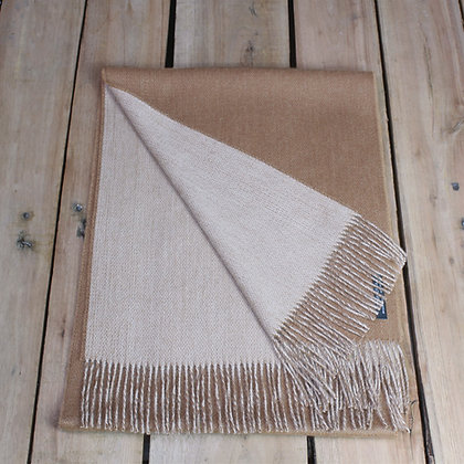 Flat woven scarf, double face